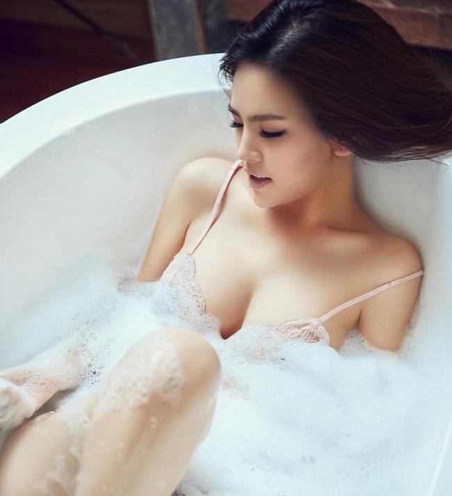 10 thân hình Vệ Nữ chuẩn nhất showbiz Việt-15