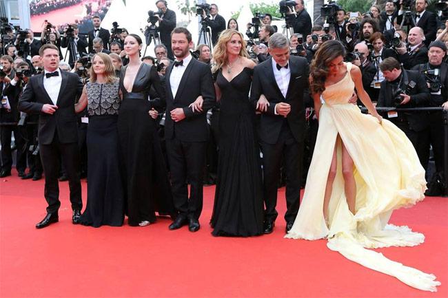 Những ngọn gió hư hỏng ở Cannes: Cơn ác mộng váy áo với sao nữ-13