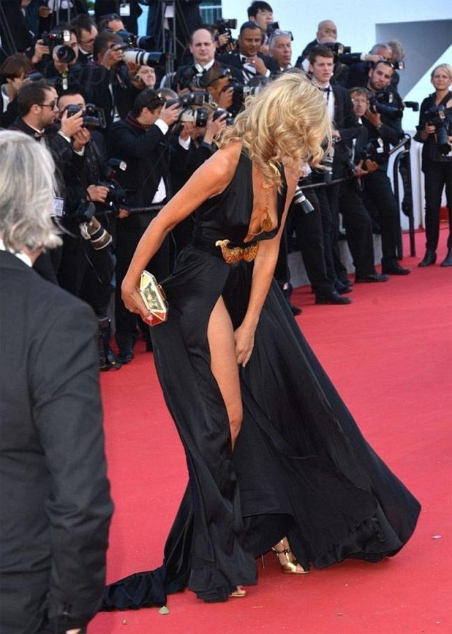 Những ngọn gió hư hỏng ở Cannes: Cơn ác mộng váy áo với sao nữ-17