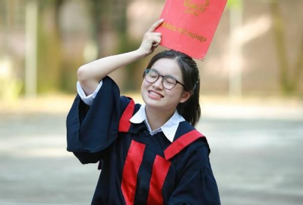 Nữ sinh chuyên Toán giành học bổng của 5 trường đại học Mỹ và Canada-1