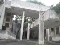 """Cận cảnh 'ngôi nhà ma"""" số 300 Kim Mã sau gần 30 năm bỏ hoang"""