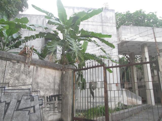 """Cận cảnh ngôi nhà ma"""" số 300 Kim Mã sau gần 30 năm bỏ hoang-12"""