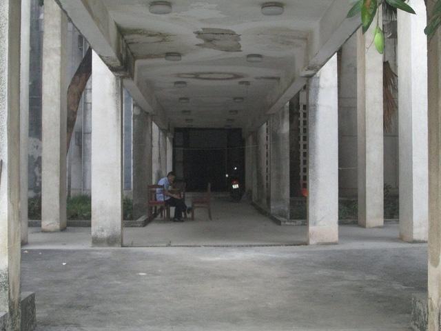 """Cận cảnh ngôi nhà ma"""" số 300 Kim Mã sau gần 30 năm bỏ hoang-4"""
