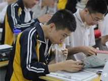 Hình ảnh học sinh vật vã ôn thi tại Trung Quốc: Cuộc chiến vào đại học chưa bao giờ khốc liệt đến thế