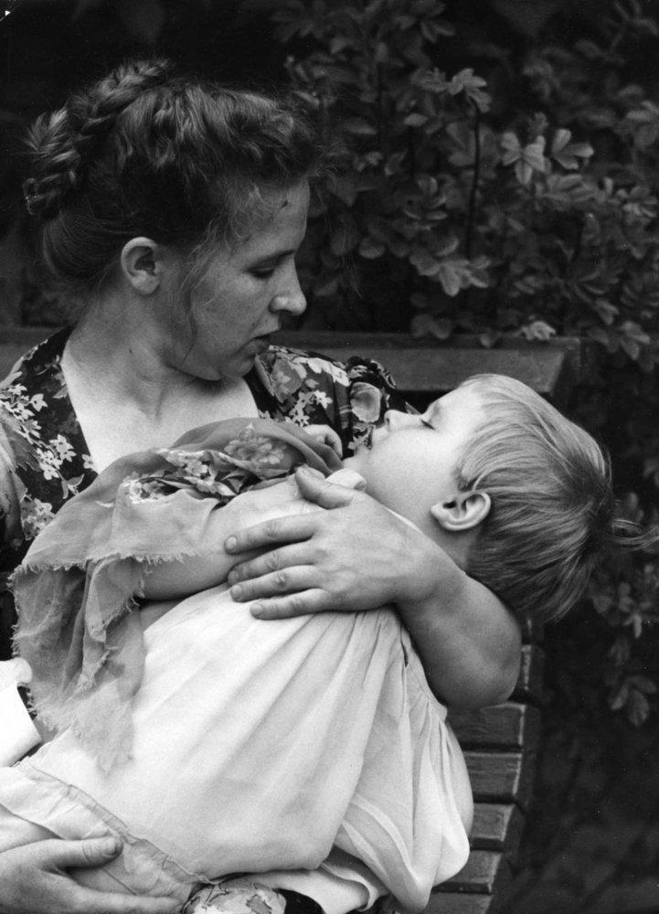 Bộ ảnh giá trị về MẸ chỉ nhìn thôi là cả một bầu trời tuổi thơ bên mẹ ùa về-24