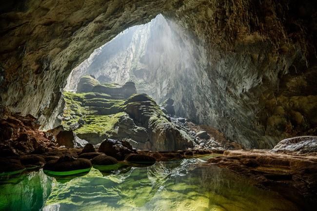 Bên trong những hang động đẹp ngoạn mục ở Việt Nam được báo Anh ca ngợi-4