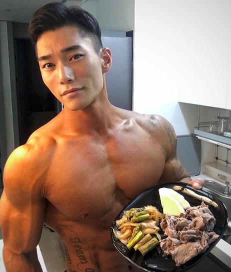 Muốn có động lực tập gym, hãy nhìn sự lột xác của soái ca Hàn Quốc này-7