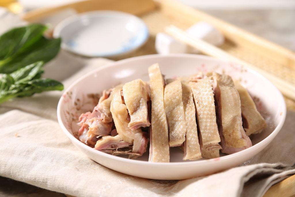 Mẹo luộc các loại thịt mùa hè luôn thơm nức không còn mùi hôi-3