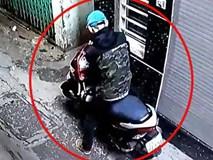 Trộm bẻ khóa xe máy nhanh như chớp, dân không kịp trở tay