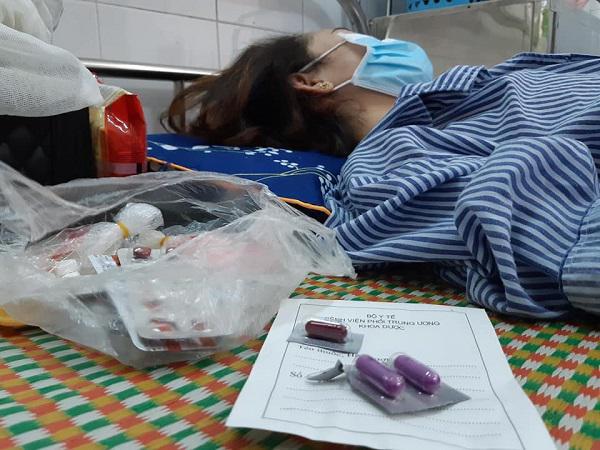 Sốt cao, giảm 10kg liên tục cô giáo trẻ choáng váng khi biết mắc căn bệnh lây qua nước bọt-1