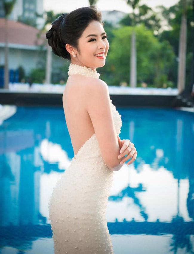 Nhan sắc quyến rũ của Nguyễn Thị Huyền và 4 hoa hậu làm MC-14