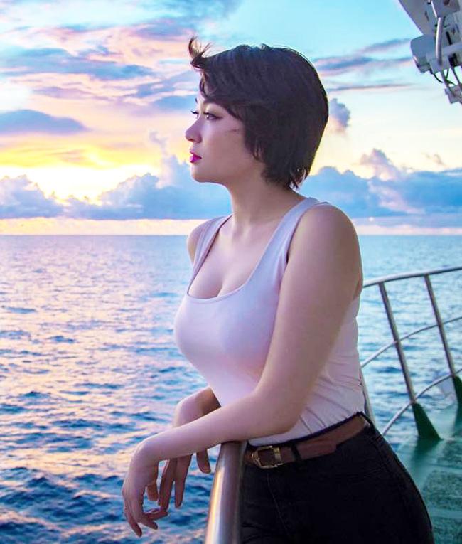 Nhan sắc quyến rũ của Nguyễn Thị Huyền và 4 hoa hậu làm MC-4