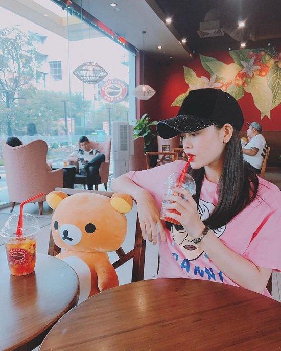Diễn viên Lan Phương đăng ký kết hôn với bạn trai Tây cao 2m-9
