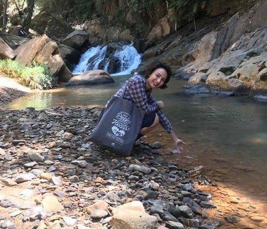 Diễn viên Lan Phương đăng ký kết hôn với bạn trai Tây cao 2m-4