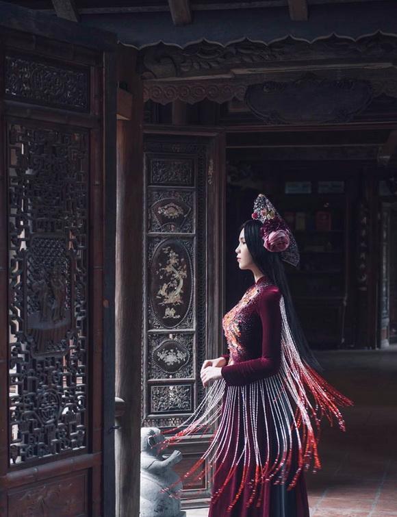Không phải cứ mặc đồ gợi cảm mới đẹp, Ngọc Trinh diện áo dài vẫn thần thái đỉnh cao-13