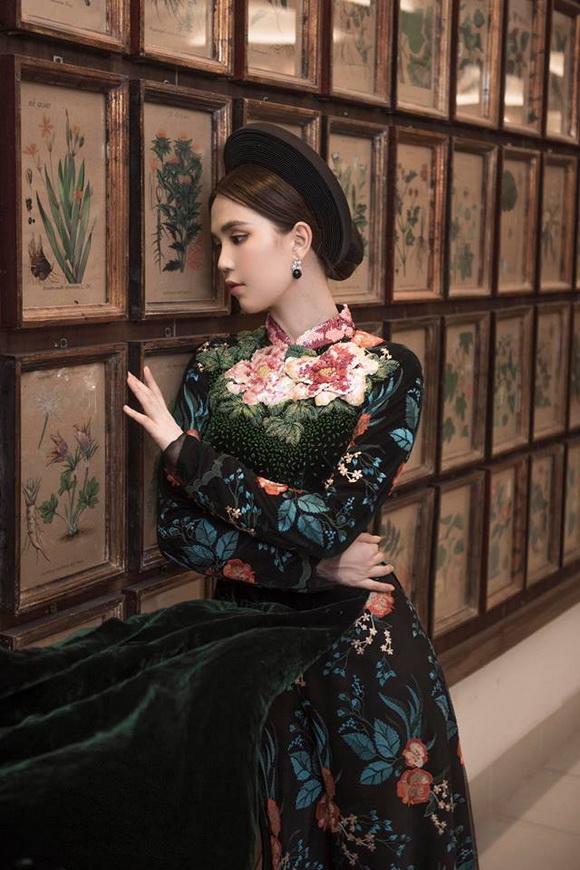 Không phải cứ mặc đồ gợi cảm mới đẹp, Ngọc Trinh diện áo dài vẫn thần thái đỉnh cao-14