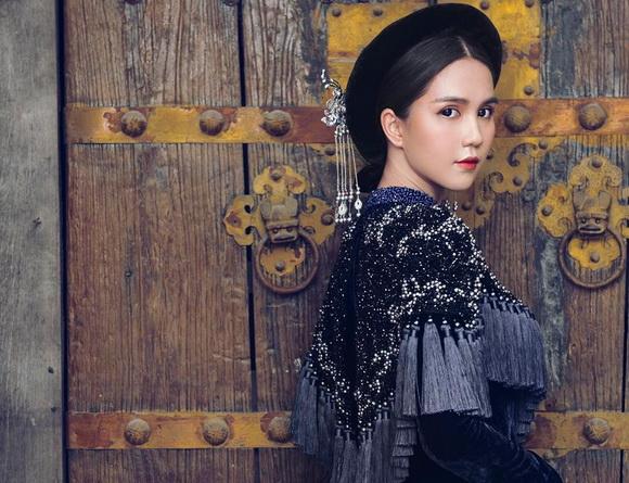 Không phải cứ mặc đồ gợi cảm mới đẹp, Ngọc Trinh diện áo dài vẫn thần thái đỉnh cao-10