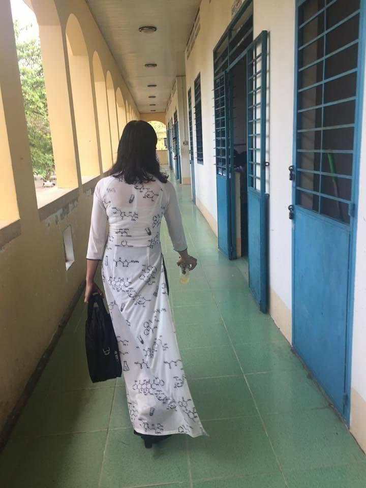 Các thầy cô khoe ảnh nhìn quần áo đoán bộ môn khiến học sinh và dân mạng phát sốt vì quá chất-5