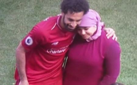 """Salah phải lập kỷ lục, bà xã xinh đẹp mới chịu xuất đầu lộ diện""""-2"""