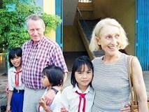 """Triết lý dạy con """"keo kiệt"""" của tỷ phú từng mang 220 triệu USD tới Việt Nam làm từ thiện"""