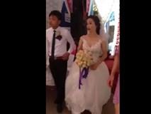 Xôn xao đám cưới chú rể kém cô dâu 17 tuổi