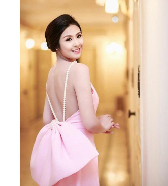 Những lần sexy bất ngờ của 4 Hoa hậu Việt Nam nổi tiếng kín đáo-17
