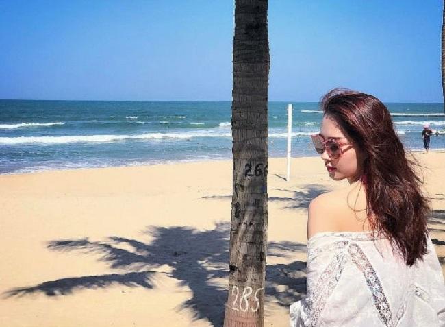Những lần sexy bất ngờ của 4 Hoa hậu Việt Nam nổi tiếng kín đáo-3