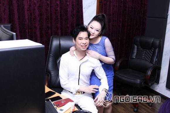 Danh ca Như Quỳnh lần đầu khám phá biệt thự triệu đô của Ngọc Sơn-15