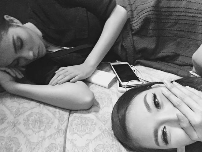 1001 dáng ngủ siêu khó đỡ của sao Việt: Cứ đặt lưng xuống là ngủ bất kể địa hình!-15