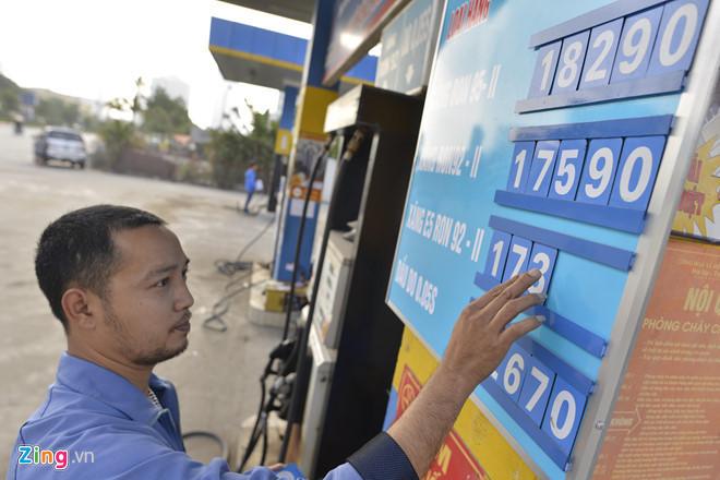 Các bộ đồng loạt cảnh báo Bộ Tài chính tăng thuế môi trường xăng dầu-1