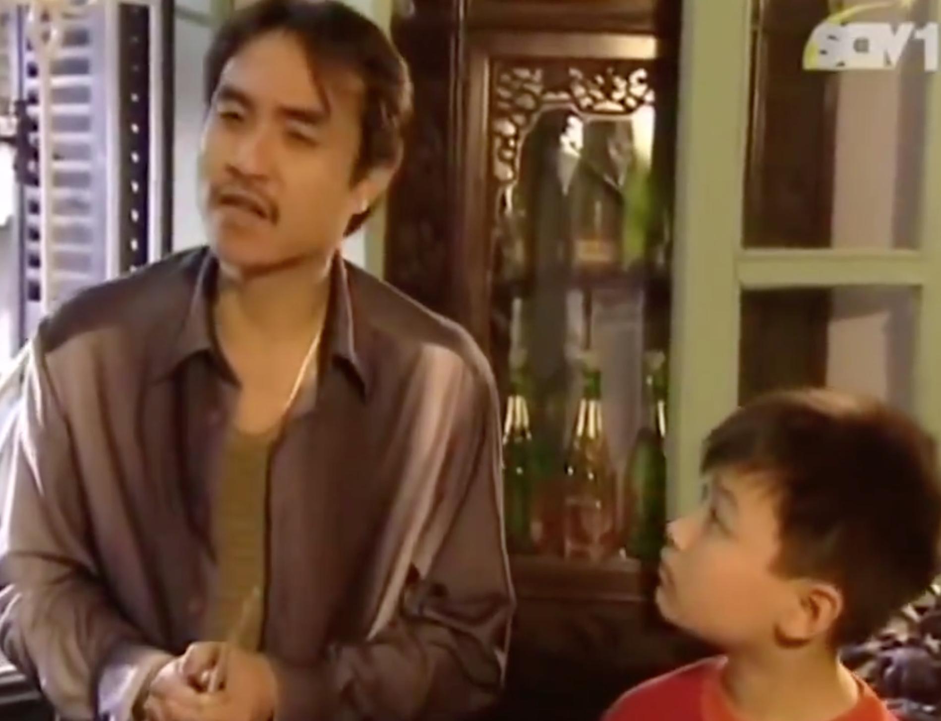 Clip: Vừa cười vừa tội thay chú bé này vì mời cơm thôi mà còn khổ hơn Đường Tăng đi thỉnh kinh!-2
