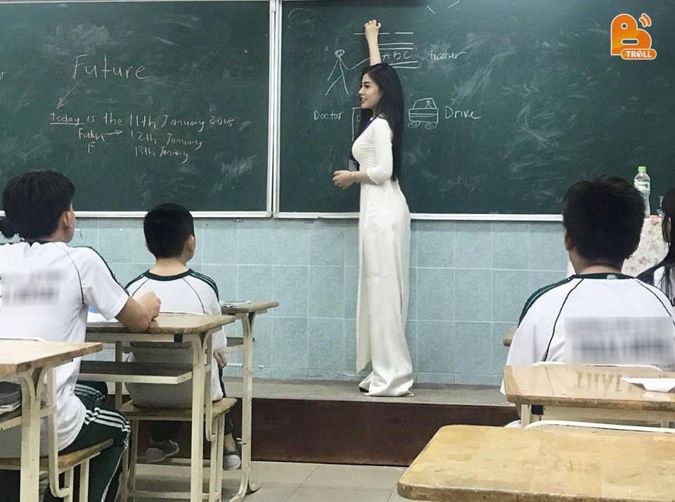 Giáo viên mà cứ xinh gái, đẹp trai như những thầy cô này thì học sinh sẽ chăm đi học lắm đây!-10