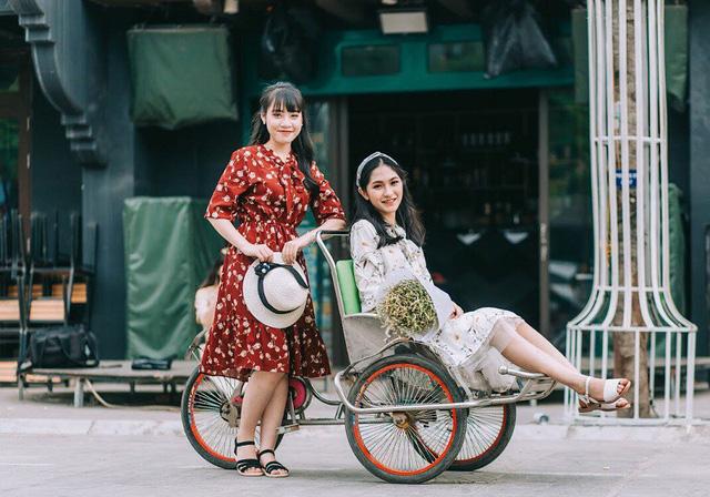 Kỷ yếu đậm chất... tổ dân phố của học sinh Quảng Ninh-8