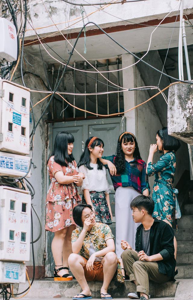 Kỷ yếu đậm chất... tổ dân phố của học sinh Quảng Ninh-1