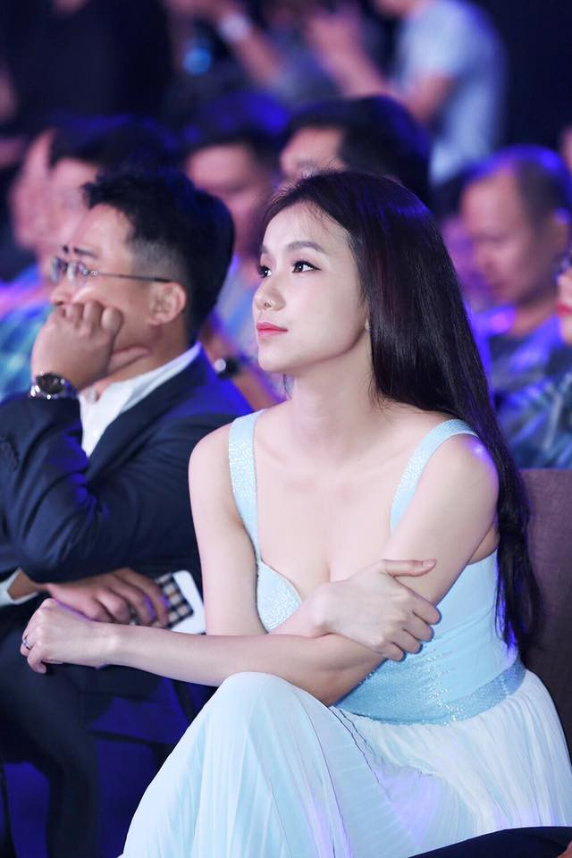 Nhan sắc và cuộc sống kín tiếng của Hoa hậu Hoàn vũ Việt Nam đầu tiên sau 10 năm đăng quang-9