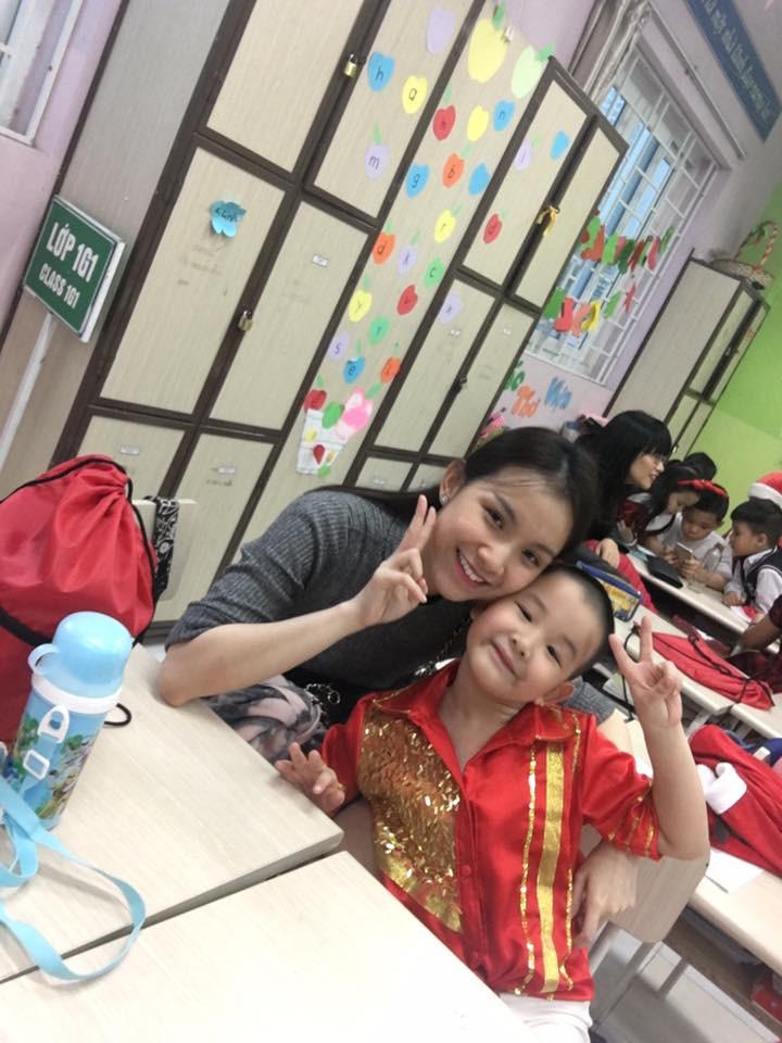 Nhan sắc và cuộc sống kín tiếng của Hoa hậu Hoàn vũ Việt Nam đầu tiên sau 10 năm đăng quang-5