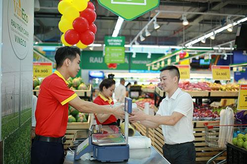 Tưng bừng khuyến mại mừng khai trương Vincom ở Huế, Quảng Bình-4