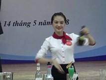 Nữ sinh xinh đẹp và điêu luyện nổi bật ở cuộc thi tay nghề quốc gia