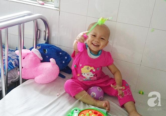 Phép màu đến với bé gái 4 tuổi bị ung thư máu từng ngây ngô hỏi: Con sẽ chết hả mẹ?-4