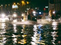 Khu vực sân bay Tân Sơn Nhất ngập nặng sau mưa lớn, hành khách