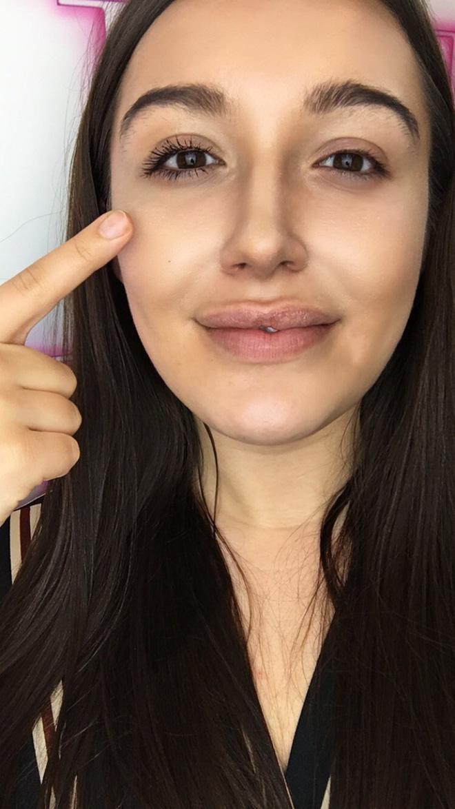 Dùng loại mascara chưa đến 200 nghìn mà ai cũng bất ngờ cứ tưởng cô nàng này đã nối mi-10