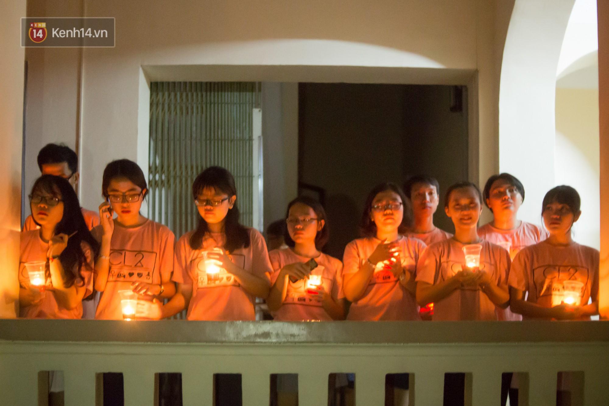 Ngày ra trường của teen Lê Hồng Phong: Nụ cười và nước mắt, bạn tôi ơi xin bên nhau thêm chút nữa!-20