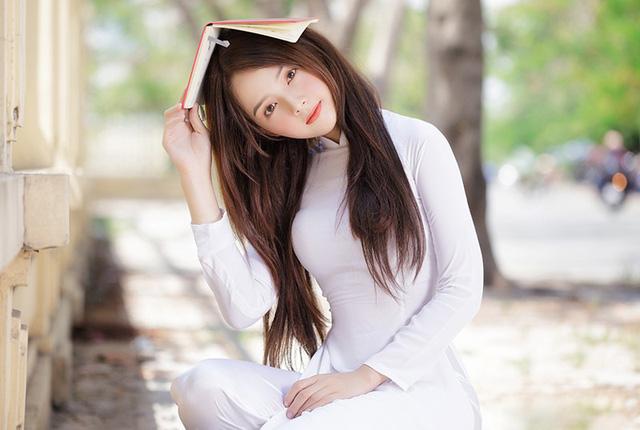 Hot girl ảnh thẻ Hương Lê diện áo dài trắng nhớ thuở học trò-10