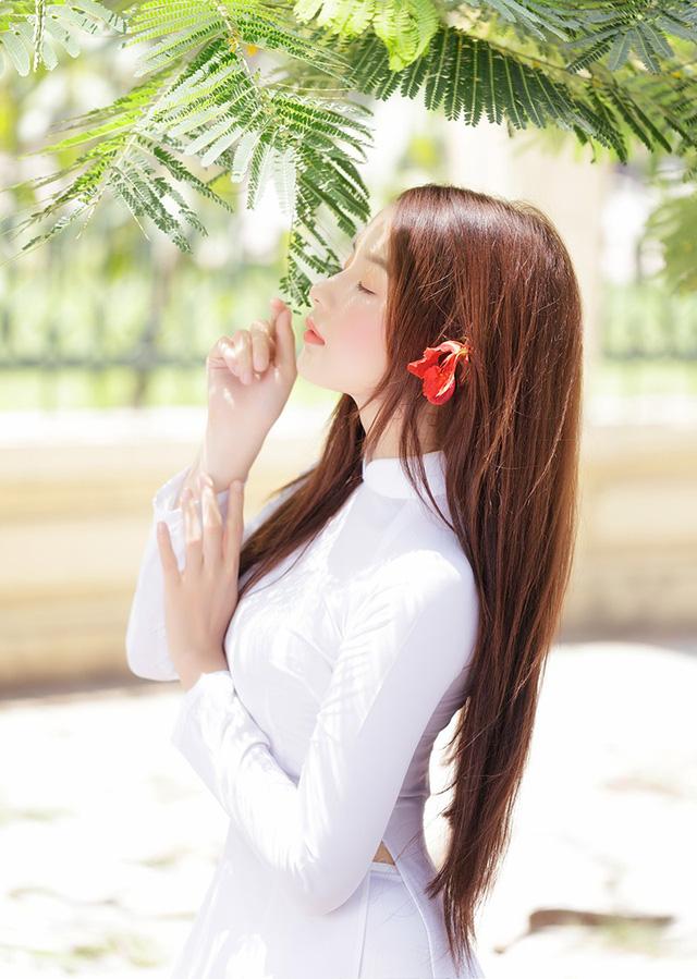 Hot girl ảnh thẻ Hương Lê diện áo dài trắng nhớ thuở học trò-9