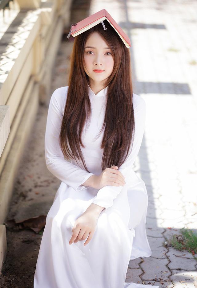 Hot girl ảnh thẻ Hương Lê diện áo dài trắng nhớ thuở học trò-8