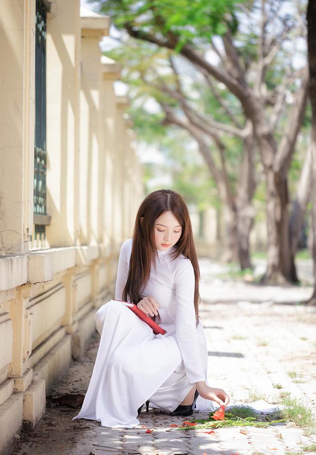 Hot girl ảnh thẻ Hương Lê diện áo dài trắng nhớ thuở học trò-7