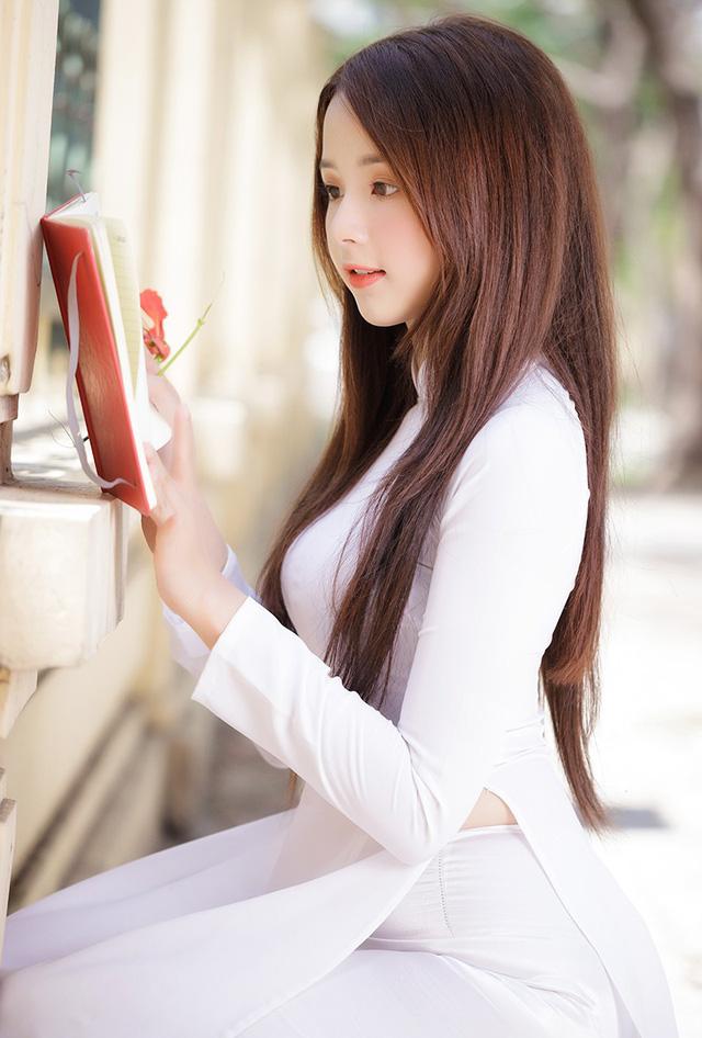 Hot girl ảnh thẻ Hương Lê diện áo dài trắng nhớ thuở học trò-5