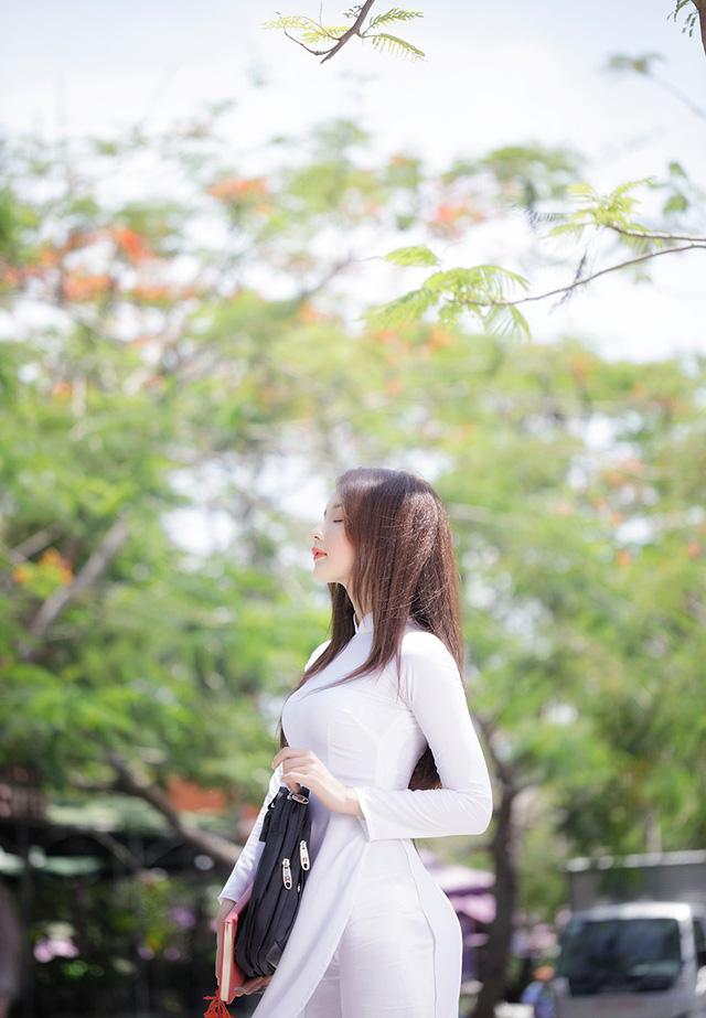 Hot girl ảnh thẻ Hương Lê diện áo dài trắng nhớ thuở học trò-4