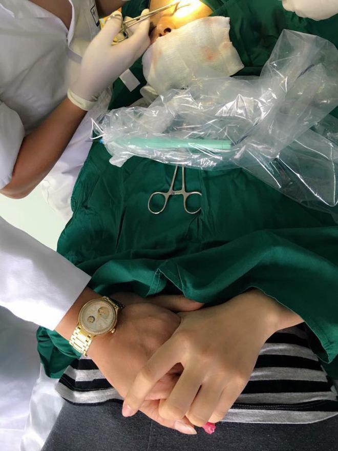 Bị bạn chê xấu, mẹ trẻ Hà Thành quyết tâm lột xác nhờ phẫu thuật khiến chồng vui ra mặt!-4