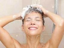 Mùa hè nắng nóng, thói quen tắm nhiều lần trong ngày tưởng tốt hóa ra mang lại nhiều tác hại